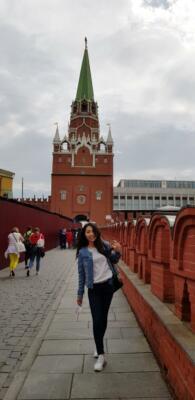 Вход в Кремль через Троицкую башню со стороны Кутафьей башни